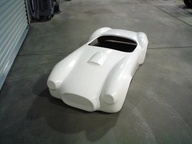 stang-aholics - fiberglass go-kart body c-styled